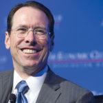 """CEO AT&T đặt cược lớn vào """"canh bạc"""" Time Warner"""