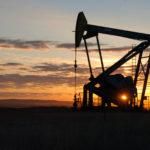 Giá dầu giảm do hoài nghi về việc giảm sản lượng của OPEC