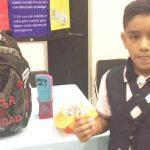 Nam sinh 11 tuổi phát minh ba lô chống đạn