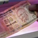 Ấn Độ huỷ tiền mệnh giá lớn: Đòn hiểm