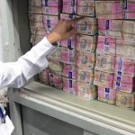 Ấn Độ xử lý chồng tiền thu hồi cao hàng trăm kilomet ra sao?