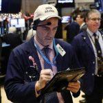 Phố Wall giảm mạnh nhất trong 2 tháng trước kết quả cuộc họp của Fed