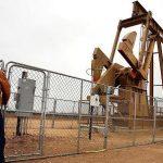 Giá dầu đồng loạt giảm khi trữ lượng dầu và xăng tăng lại Mỹ