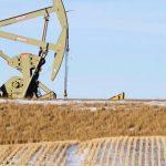 Giá dầu giảm sút vì đồng USD củng cố sức mạnh