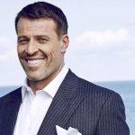 9 phút mỗi buổi sáng giúp nâng bước thành công của tỷ phú tự thân Tony Robbins