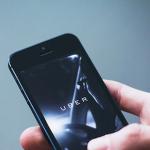 Uber bị tố dùng phần mềm tinh vi để lừa lái xe, khách hàng