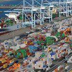 IMF hạ dự báo tăng trưởng Mỹ, Anh