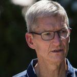 Âm thầm cống hiến cho Apple gần 30 năm, phụ trách 2 thế hệ iPhone thành công nhất của công ty, CEO Tim Cook nắm trong tay bao nhiêu tiền?