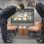 3 kiểu cúi chào trong nghệ thuật giao tiếp của người Nhật Bản
