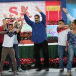 Tiền thật 'rơi tự do', Venezuela tự ra mắt tiền ảo