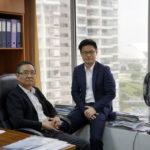 Start-up của hai cha con người Singapore muốn thay đổi quy tắc giao dịch hàng hóa
