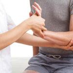 4 thói quen xấu gây ra bệnh xương khớp