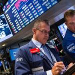 """Bất chấp mối lo """"chiến tranh thương mại"""", chứng khoán Mỹ tiếp tục tăng"""
