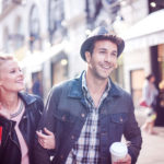 Mua sắm cặp đôi: xu hướng mới của người tiêu dùng