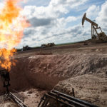 Giá dầu tiếp đà tăng sau khi Mỹ quyết định rút khỏi thỏa thuận hạt nhân Iran