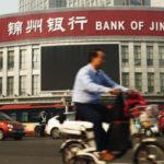 Cuộc chiến nợ nần của Trung Quốc và những rủi ro tiềm ẩn